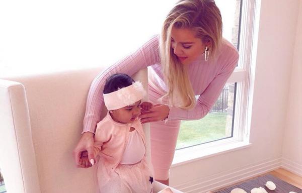 Κλόε Καρντάσιαν: Έβαλε την κόρη της μέσα στην πανάκριβη τσάντα της! | imommy.gr