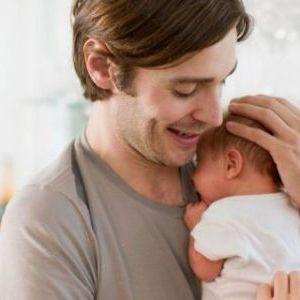 Πώς θα βρει την ισορροπία ο μπαμπάς μεταξύ δουλειάς και οικογένειας