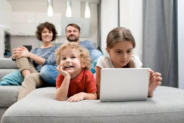 Τα 5 βήματα στη σωστή οικογενειακή χρήση της τεχνολογίας | imommy.gr