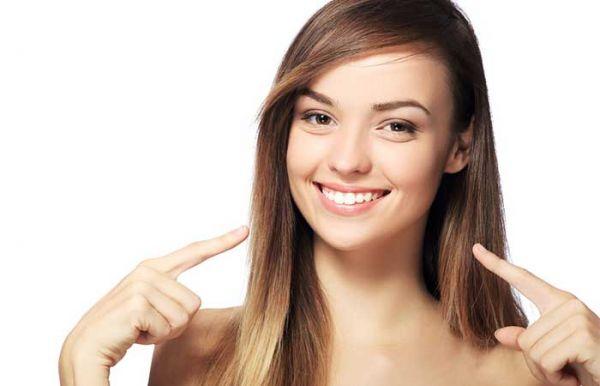 Λεύκανση δοντιών… στο σπίτι! | imommy.gr