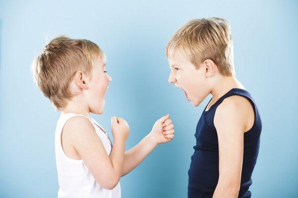 Τι να κάνετε όταν το παιδί είναι επιθετικό | imommy.gr