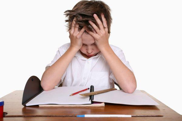 Πώς να αντιληφθείτε και να προλάβετε τη διάσειση του παιδιού | imommy.gr