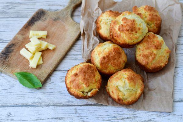 Μικρά μάφιν από αυγό και λαχανικά για το νήπιο | imommy.gr