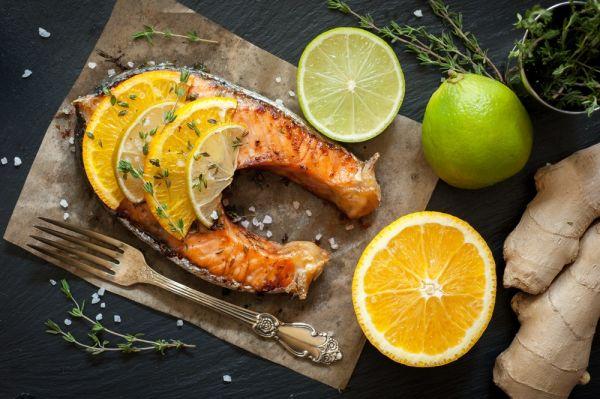 Σολομός με πορτοκάλι και λεμόνι | imommy.gr