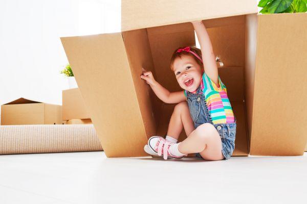 Τα αντικείμενα του σπιτιού γίνονται παιδικό παιχνίδι: ασφαλή ή μη; | imommy.gr