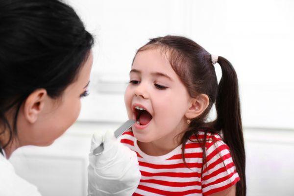 Η αφαίρεση των αμυγδαλών δεν ωφελεί επτά στα οκτώ παιδιά που την κάνουν | imommy.gr