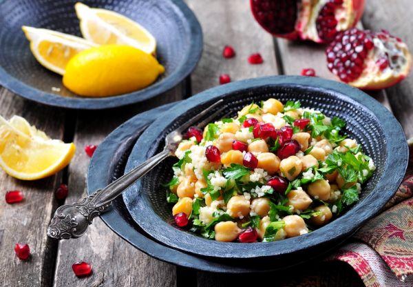 Σαλάτα με ρεβίθια και ρόδι | imommy.gr