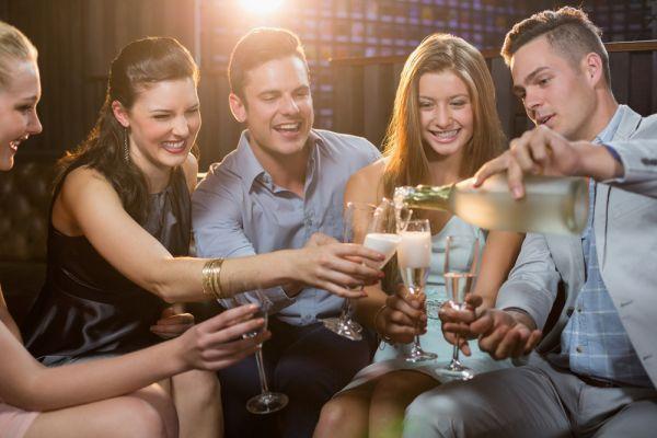 Η κατανάλωση αλκοόλ στους εφήβους | imommy.gr