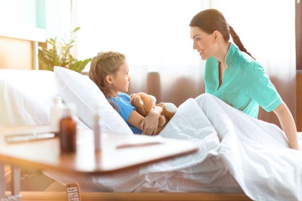 Διαχειριστείτε τη σύντομη παραμονή του παιδιού στο νοσοκομείο | imommy.gr