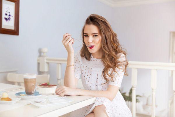 Πώς θα τρώτε γλυκά χωρίς να παχαίνετε | imommy.gr