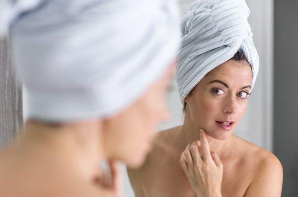 Πώς θα κάνετε μόνη σας βαθύ καθαρισμό προσώπου | imommy.gr