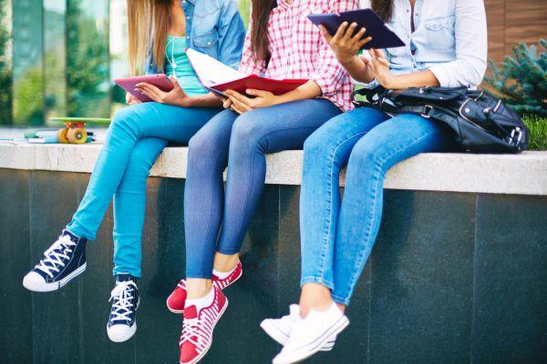 Μιλήστε στα κορίτσια για την περίοδο | imommy.gr