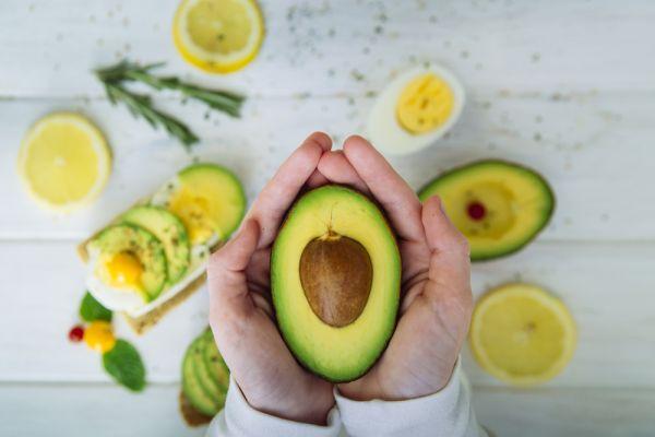 Αβοκάντο: Η υπερτροφή που δεν πρέπει να λείπει από καμία δίαιτα | imommy.gr