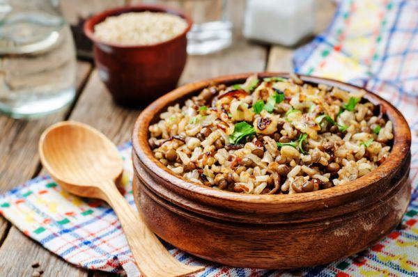 Θρεπτική σαλάτα με φακές και ρύζι | imommy.gr