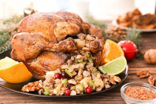 Πώς θα φτιάξετε την πιο γευστική γέμιση γαλοπούλας | imommy.gr