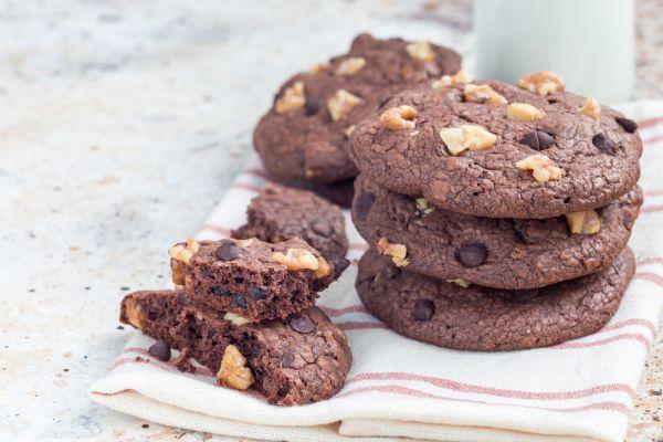 Σοκολατένια μπισκότα με φουντούκια | imommy.gr