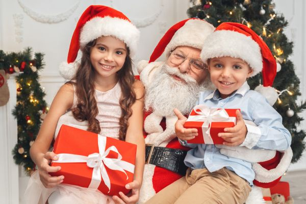 Έρευνα: Σε ποια ηλικία σταματούν τα παιδιά να πιστεύουν στον Άγιο Βασίλη | imommy.gr