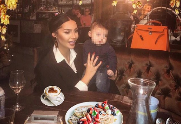 Ζέτα Θεοδωροπούλου: Στο νοσοκομείο το μωρό της – Το δημόσιο μήνυμά της στο Instagram   imommy.gr