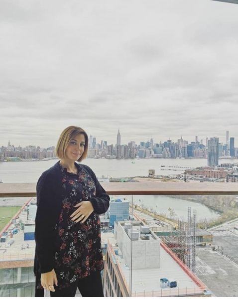Κατερίνα Παπουτσάκη και Τζένη Θεωνά: οι εγκυμονούσες φίλες ψωνίζουν παρέα | imommy.gr