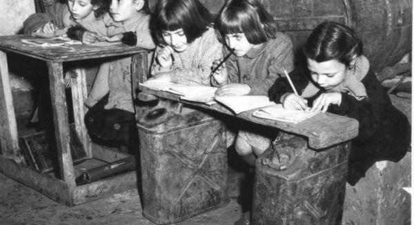 Αναμνήσεις από τα δημοτικά σχολεία του παρελθόντος | imommy.gr