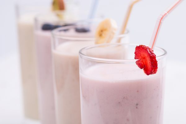 Smoothie με γιαούρτι και μαρμελάδα | imommy.gr