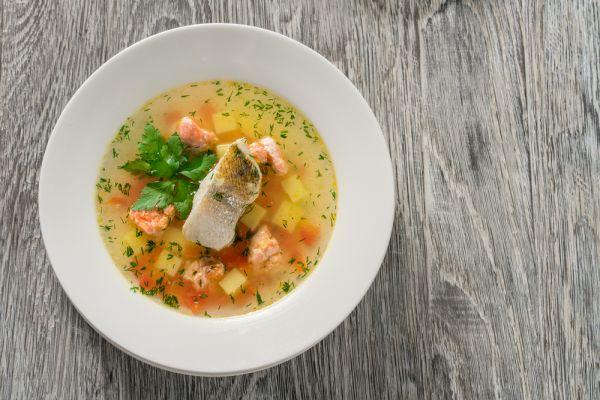 Ψαρόσουπα με ρύζι και λαχανικά | imommy.gr