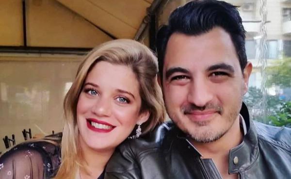 Τζένη Θεωνά: Ποζάρει στον όγδοο μήνα της εγκυμοσύνης της με τον Δήμο Αναστασιάδη | imommy.gr