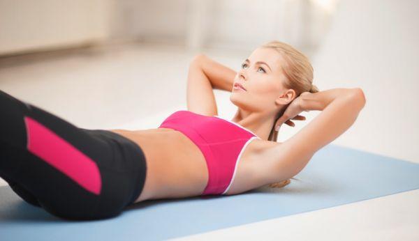 Έντεκα ασκήσεις για σμιλεμένους κοιλιακούς | imommy.gr