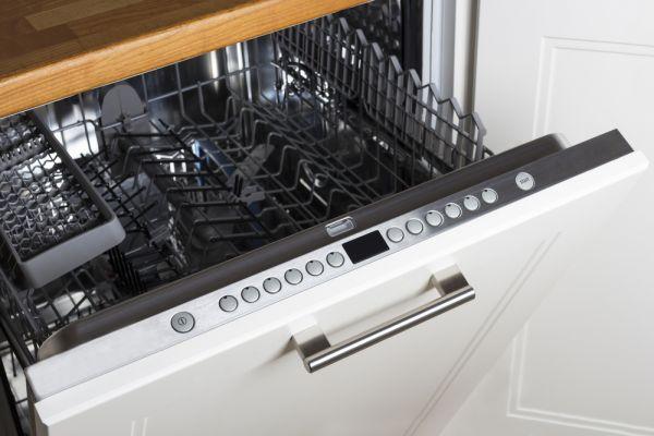 Μάθετε πως μπορείτε να καθαρίσετε το πλυντήριο πιάτων σας | imommy.gr