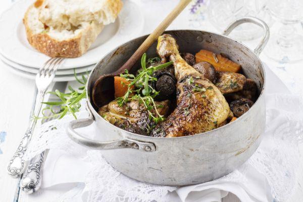 Kοτόπουλο κρασάτο με μυρωδικά | imommy.gr