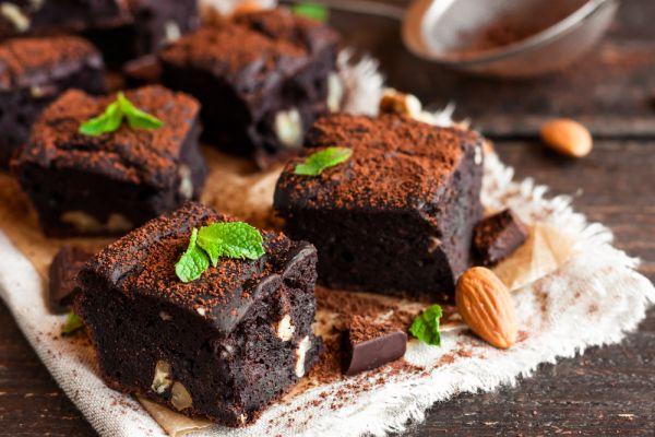 Κέικ σοκολάτας με αμύγδαλα | imommy.gr