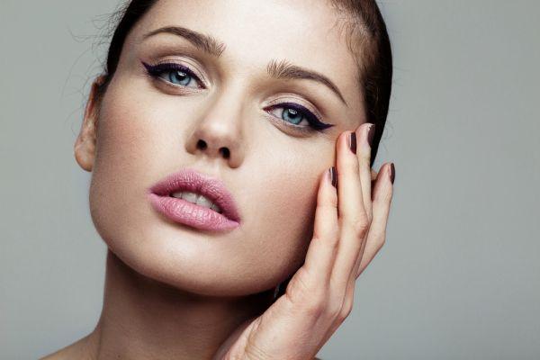 Τέσσερα tips για να φορέσετε τέλεια το eyeliner | imommy.gr