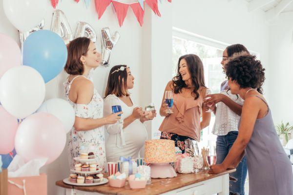 Ρετρό πάρτι πριν υποδεχθείτε το μωρό | imommy.gr