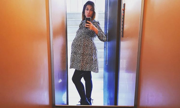 Κατερίνα Παπουτσάκη: Ανυπομονεί να κρατήσει στην αγκαλιά της τον γιο της | imommy.gr