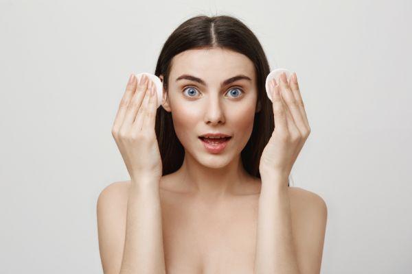Φτιάξτε το δικό σας λαδάκι που αφαιρεί κάθε ίχνος μακιγιάζ | imommy.gr