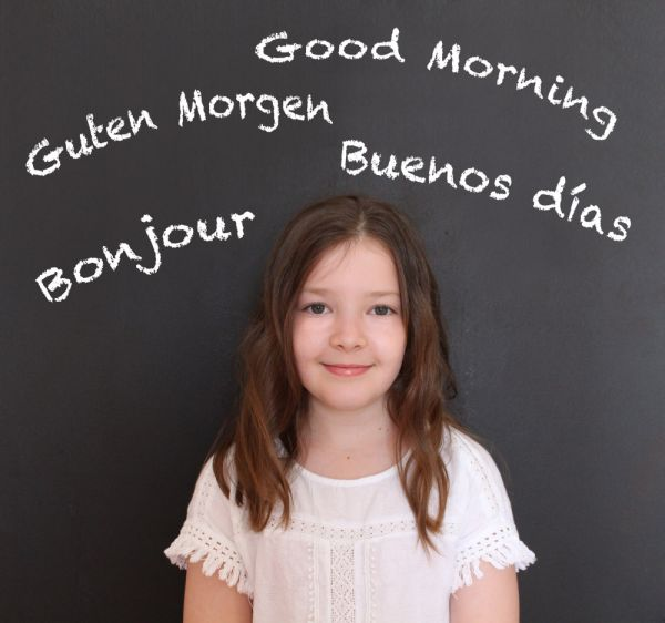 Τι πρέπει να ξέρετε αν μεγαλώνετε δίγλωσσα παιδιά | imommy.gr