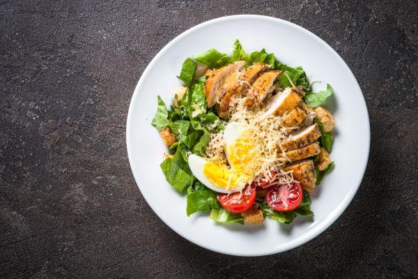 Σαλάτα του Καίσαρα με αυγό | imommy.gr