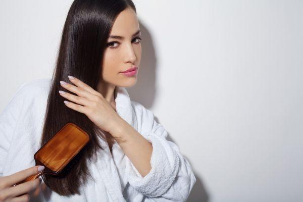 Τρία tips για να ξεμπερδεύετε τα μαλλιά σας χωρίς να τα ταλαιπωρείτε | imommy.gr