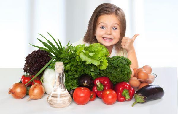 Τα λάθη που κάνετε όταν μαθαίνετε τη διατροφή με μέτρο στα παιδιά | imommy.gr