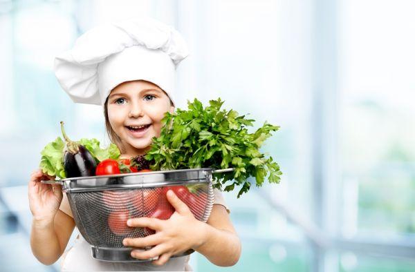Πέντε έξυπνοι τρόποι να πείσετε το παιδί να φάει τα λαχανικά του | imommy.gr