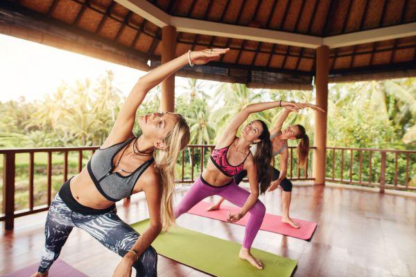 Power yoga για ενδυνάμωση του πυρήνα | imommy.gr