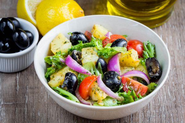 Πατατοσαλάτα με ντομάτες | imommy.gr
