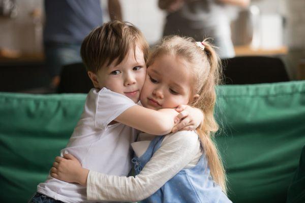 Πώς να κάνετε το παιδί να ζητήσει συγγνώμη και να το εννοεί   imommy.gr