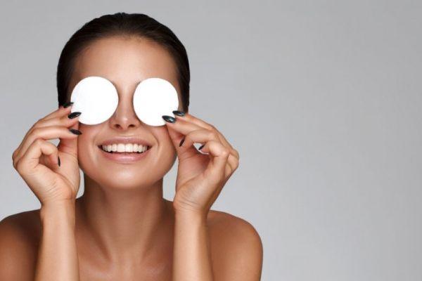 Πώς θα αφαιρέσετε κάθε ίχνος μακιγιάζ | imommy.gr