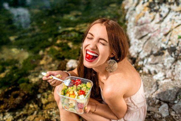 Πώς θα καταπολεμήσετε την πείνα σας χωρίς να τρώτε παραπάνω | imommy.gr
