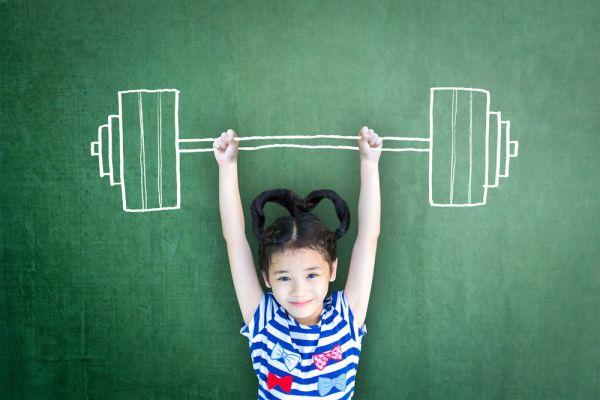 Πώς να μεγαλώσετε ένα κορίτσι με αυτοπεποίθηση | imommy.gr