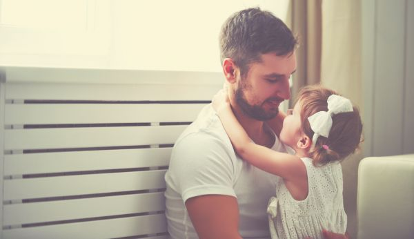 Όταν το παιδί έχει αγαπημένο γονιό | imommy.gr