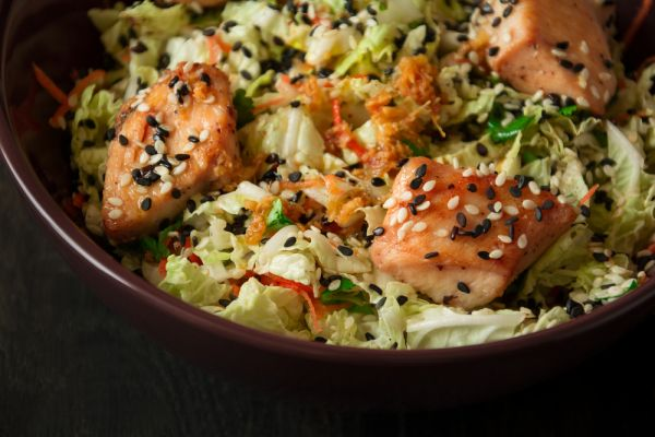 Ασιατική σαλάτα με κοτόπουλο | imommy.gr