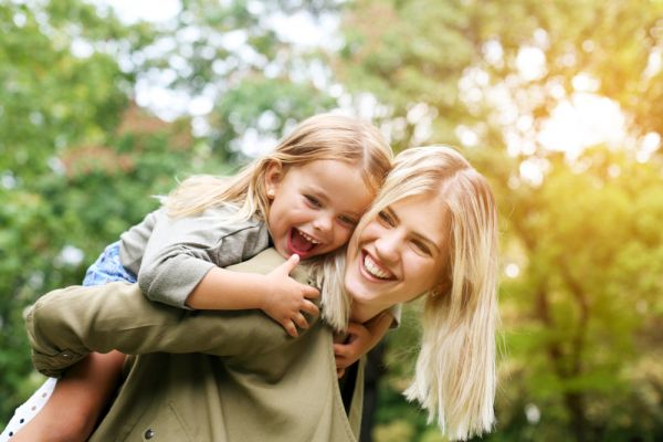 Τα δυνατά σημεία του παιδιού που μεγαλώνει με ένα γονέα | imommy.gr
