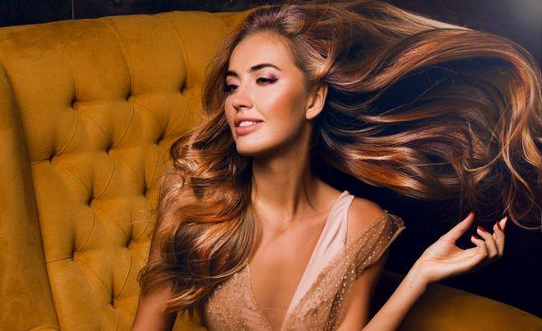 Πέντε συνήθειες που πρέπει να αλλάξετε για μακριά και υγιή μαλλιά | imommy.gr